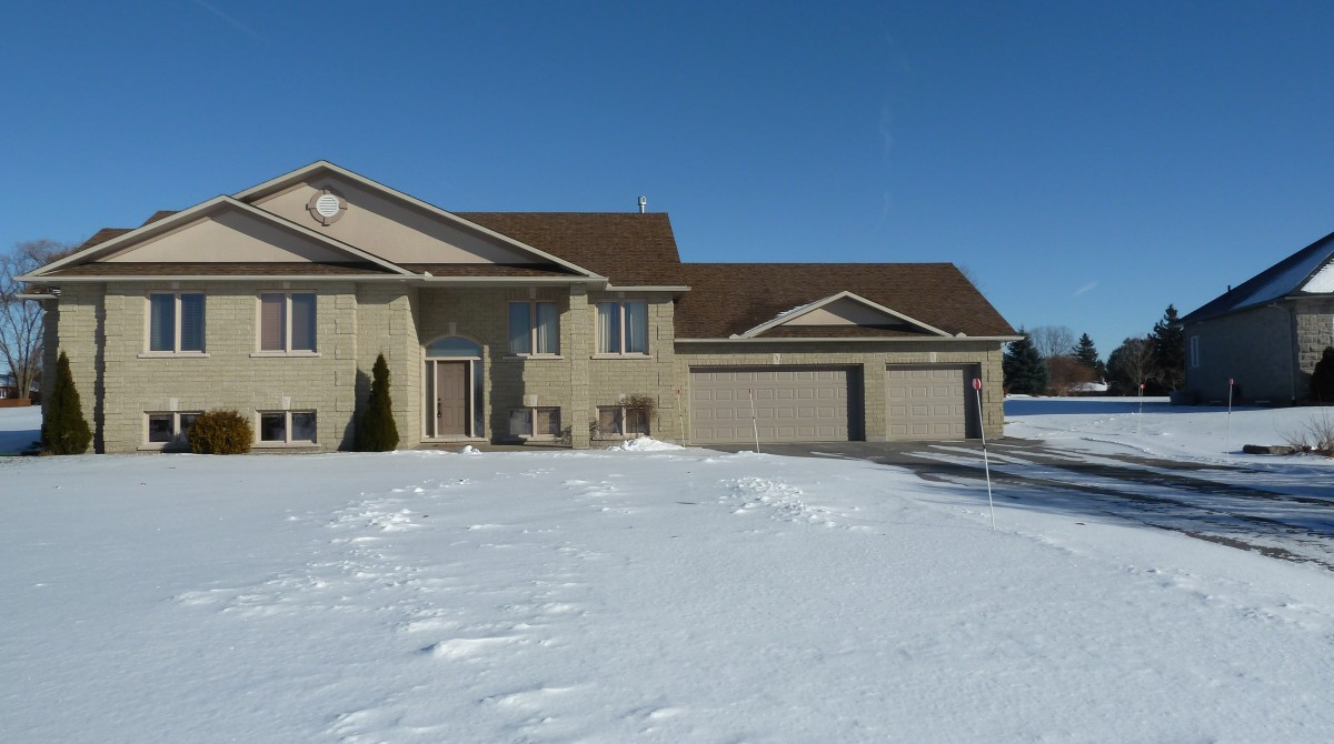 6366 Blossom Trail - Greely